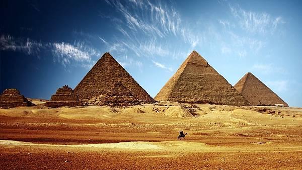1473903045_ancient-egypt-pyramids-wallpaper.jpg
