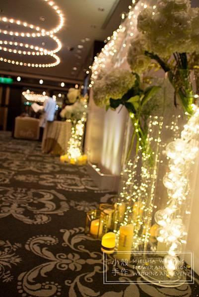 世貿三三婚禮佈置 白金色