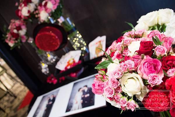 黑色桃色婚禮佈置