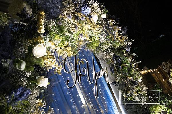 心之芳庭燈泡牆婚禮佈置
