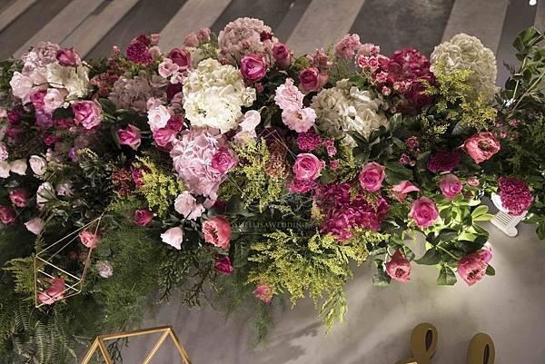 彭園婚宴會館桃紅色花草牆婚禮