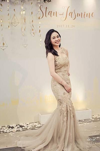 萬豪酒店婚禮佈置白金色頂花