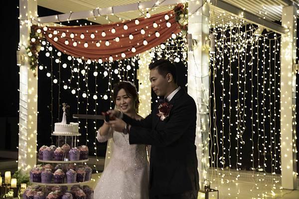 心之芳庭燈光婚禮佈置