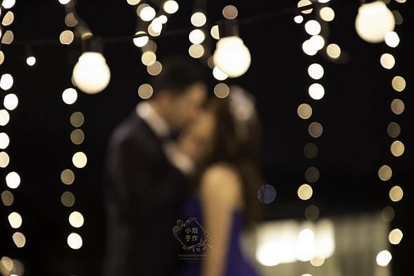 燈泡牆婚禮