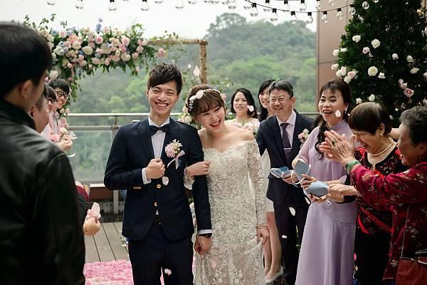 六福萬怡酒店美式戶外婚禮佈置推薦