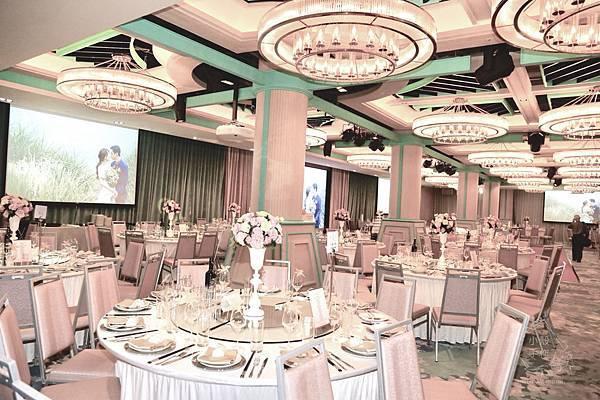 六福萬怡酒店美式戶外婚禮佈置