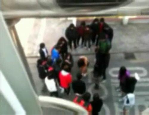 韓國學生集體霸凌