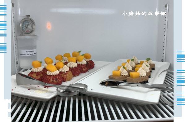 109.6.6.(98)台南遠東國際大飯店-尊榮客房.JPG