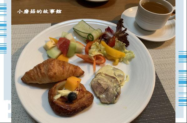 109.6.6.(139)台南遠東國際大飯店-尊榮客房.JPG