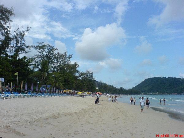 patong beach~1.JPG