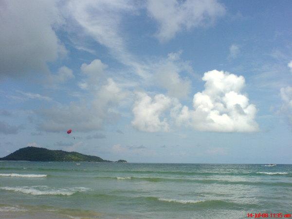 patong beach~2.JPG