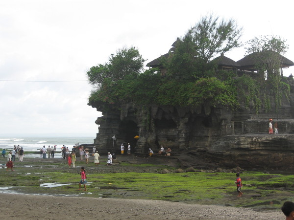 TaNah Lot, P.Bali1.JPG