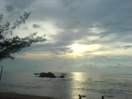 刁曼岛 。日落~21072007.JPG