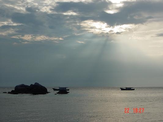 刁曼岛 。日落~22072005.JPG