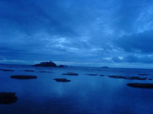 刁曼岛 。日落~22072007.JPG