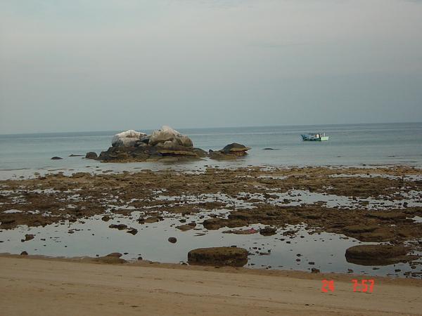 刁曼岛。早晨~24072005.JPG