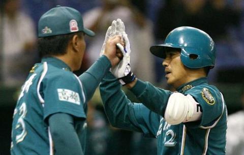 061109-亞洲職棒大賽 鋒哥單場第二發
