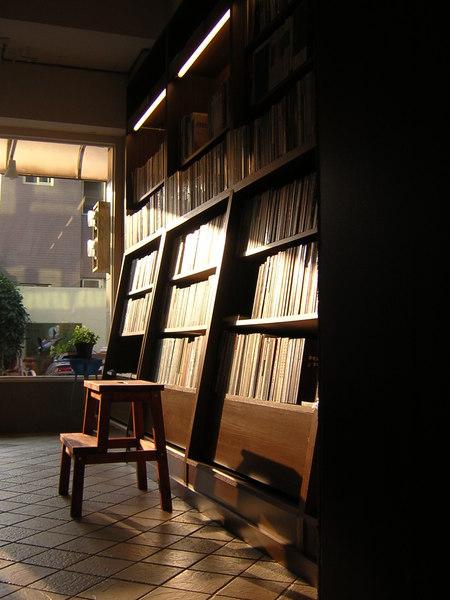台南結構群書店0008