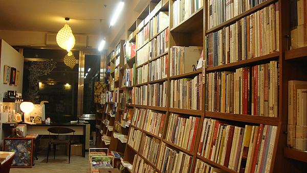 台南結構群書店0019