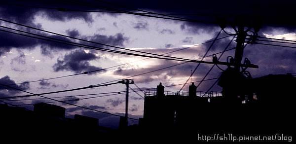 火車上的台北夕陽