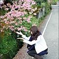 抓起地上的櫻花灑