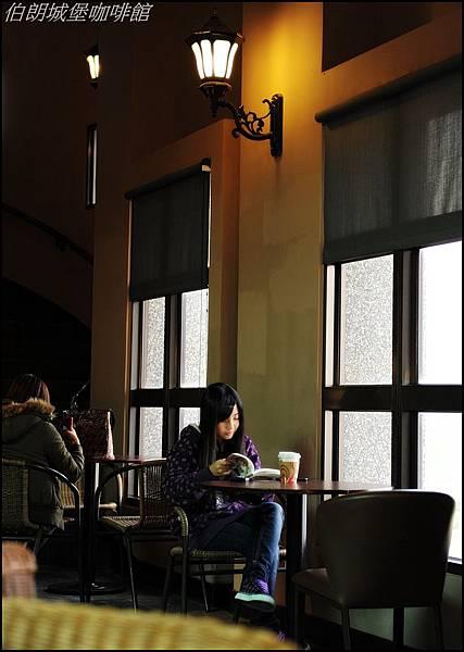 喝喝咖啡看看書 047.JPG