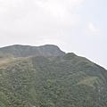 山的形狀很像一隻狗的頭 很有趣!!