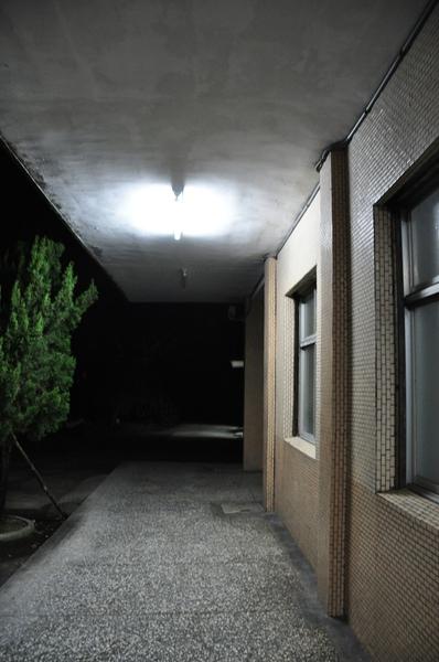 晚上七點多的龜山站3