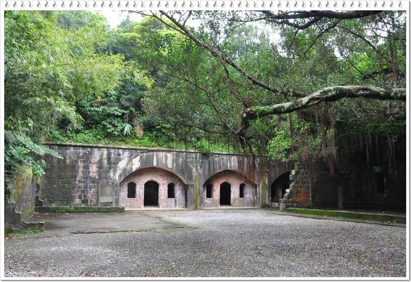 砲台遺址4