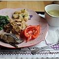鍋巴飯的配菜 還有虱目魚