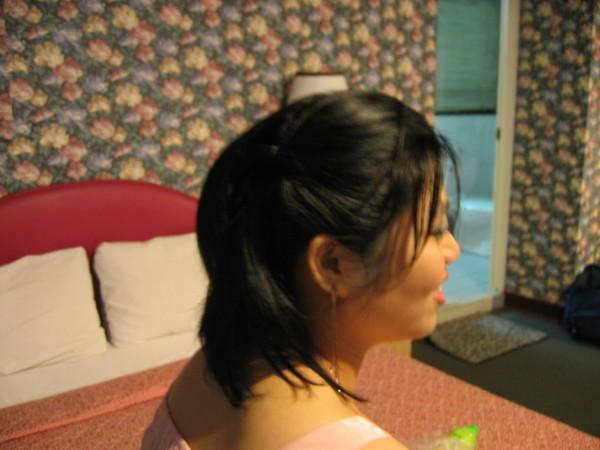 這是雪芳幫我綁的復古頭