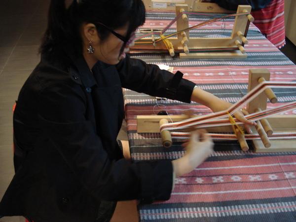 織布的婦女.jpg