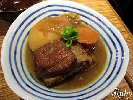 杏子日式豬排(馬鈴薯燉肉).jpg