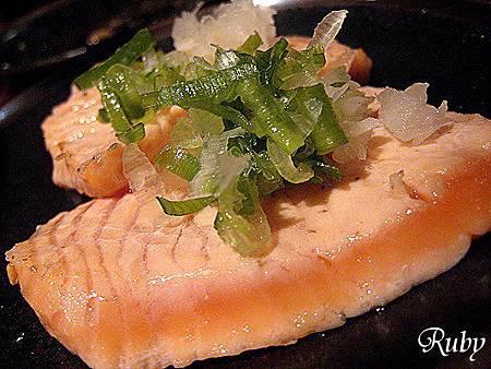 胡同燒肉(熟鮭魚).jpg