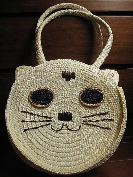 白貓草編包