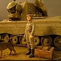 戰車車長與狼狗...