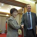 2015年06月28日英駐台代表拜會洪秀柱全程中文交談
