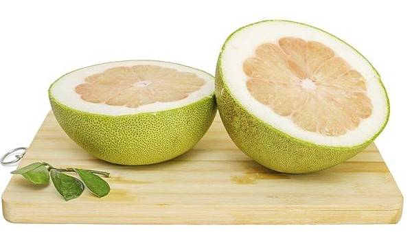 pomelo_cut_in_half_r620x349