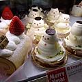雪人蛋糕好可愛阿~