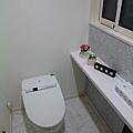 1F 洗手間 都是用TOTO的耶!