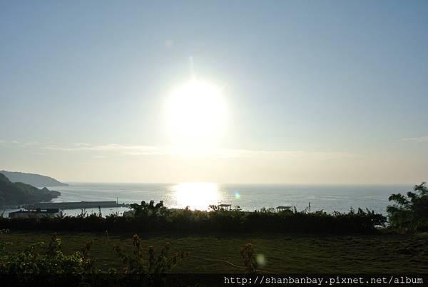 小琉球杉板灣夕陽黃金海