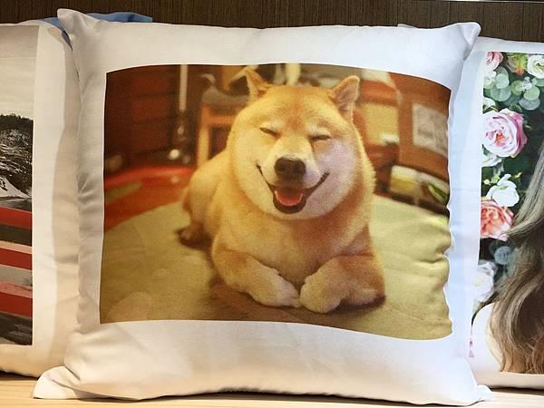 客製化抱枕 (2).jpg