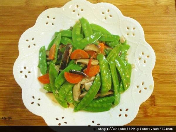 b12豌豆拌香菇