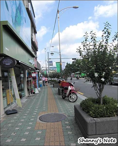 土俗村02.JPG