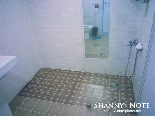 shower 04.jpg