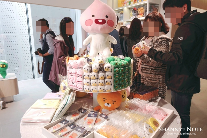 Kakao Friends Store釜山旗艦店Apeach Cafe 20.jpg