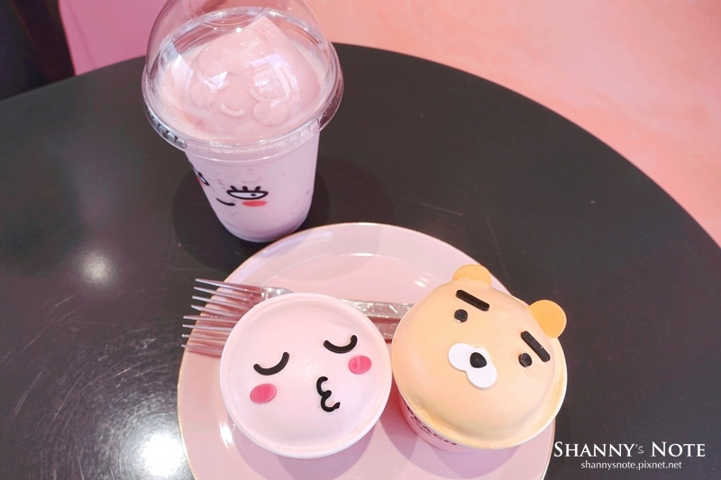 Kakao Friends Store釜山旗艦店Apeach Cafe 48.jpg