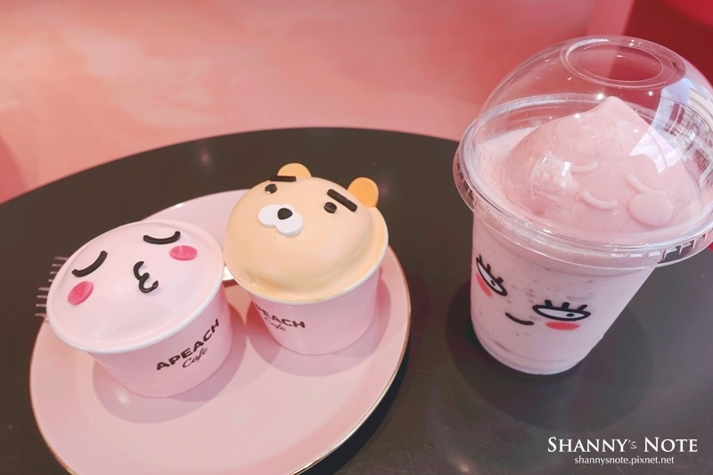 Kakao Friends Store釜山旗艦店Apeach Cafe 55.jpg