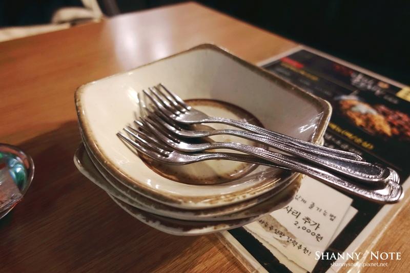釜山海雲台炸雞꼬꼬아찌숯불치킨炭烤雞肉烤雞13.jpg