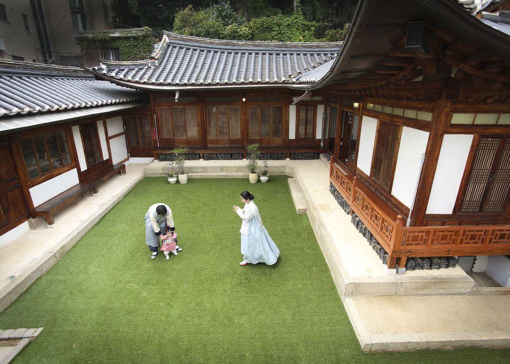 INFINITE FM海報拍攝首爾北村京城寫真館01.jpeg